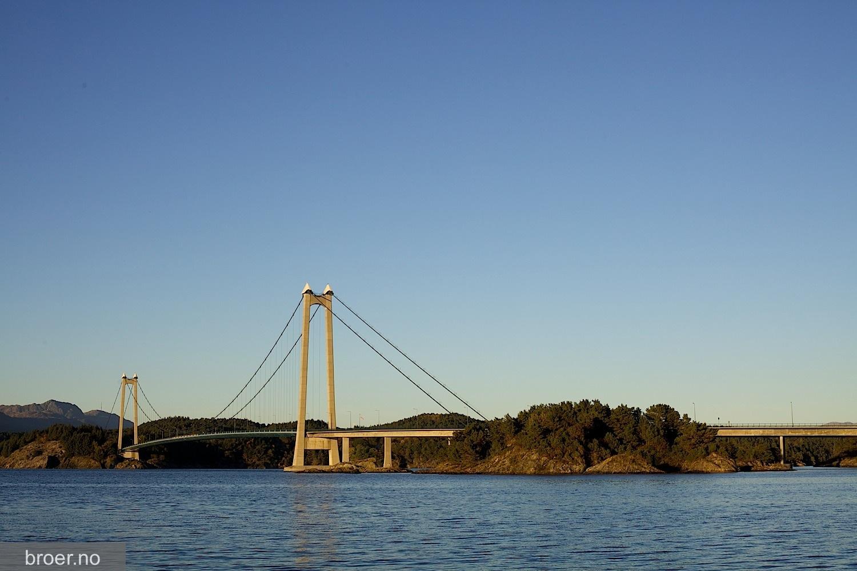 photo of Stord Bridge