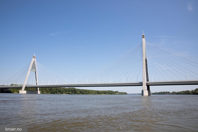 photo of Megyeri Bridge