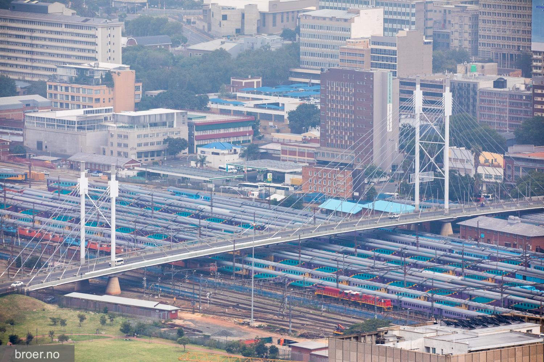 photo of Nelson Mandela Bridge