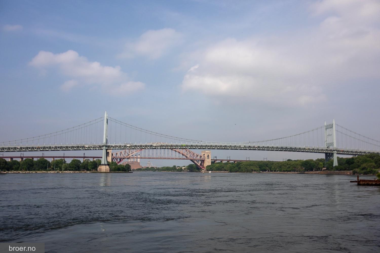 photo of Robert F. Kennedy Bridge