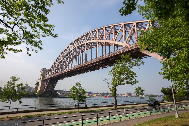photo of Hell Gate Bridge