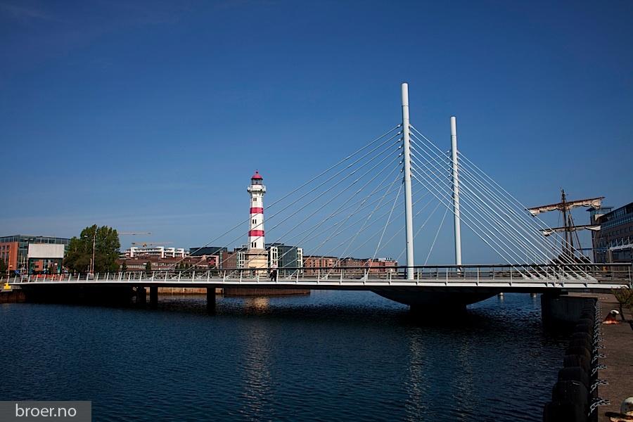 photo of University Bridge