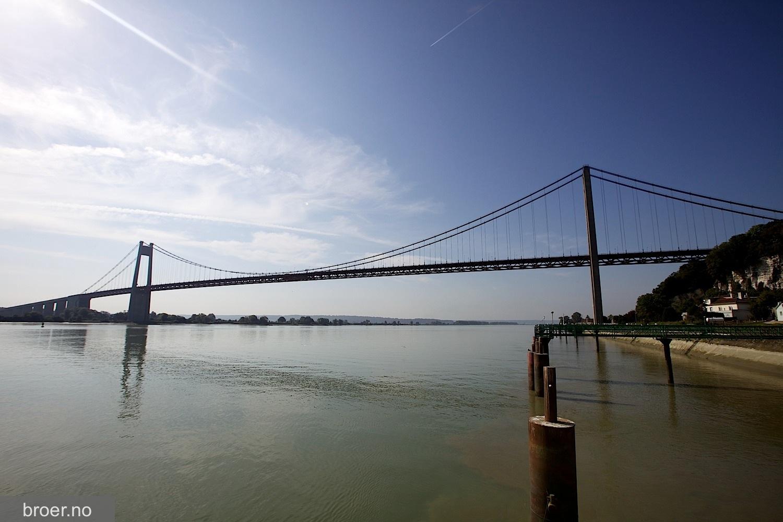 photo of Tancarville Bridge