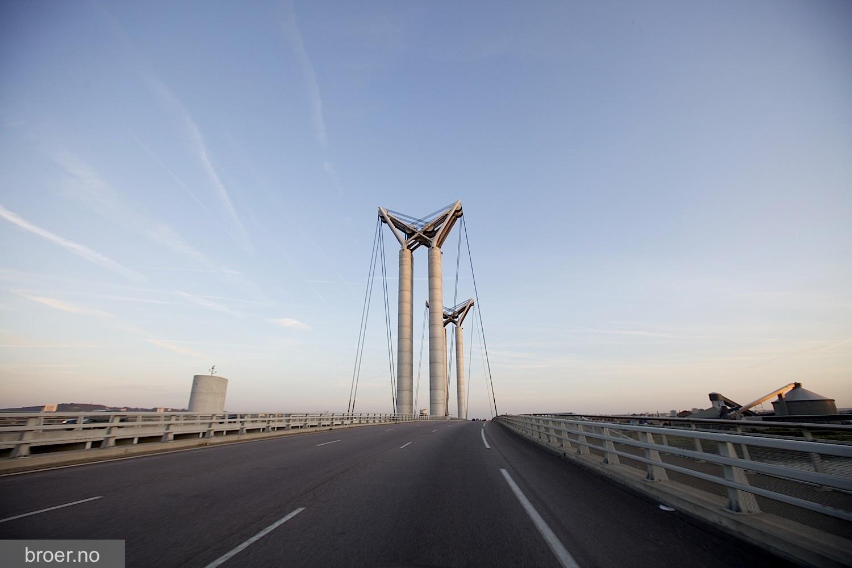 photo of Gustave Flaubert Bridge