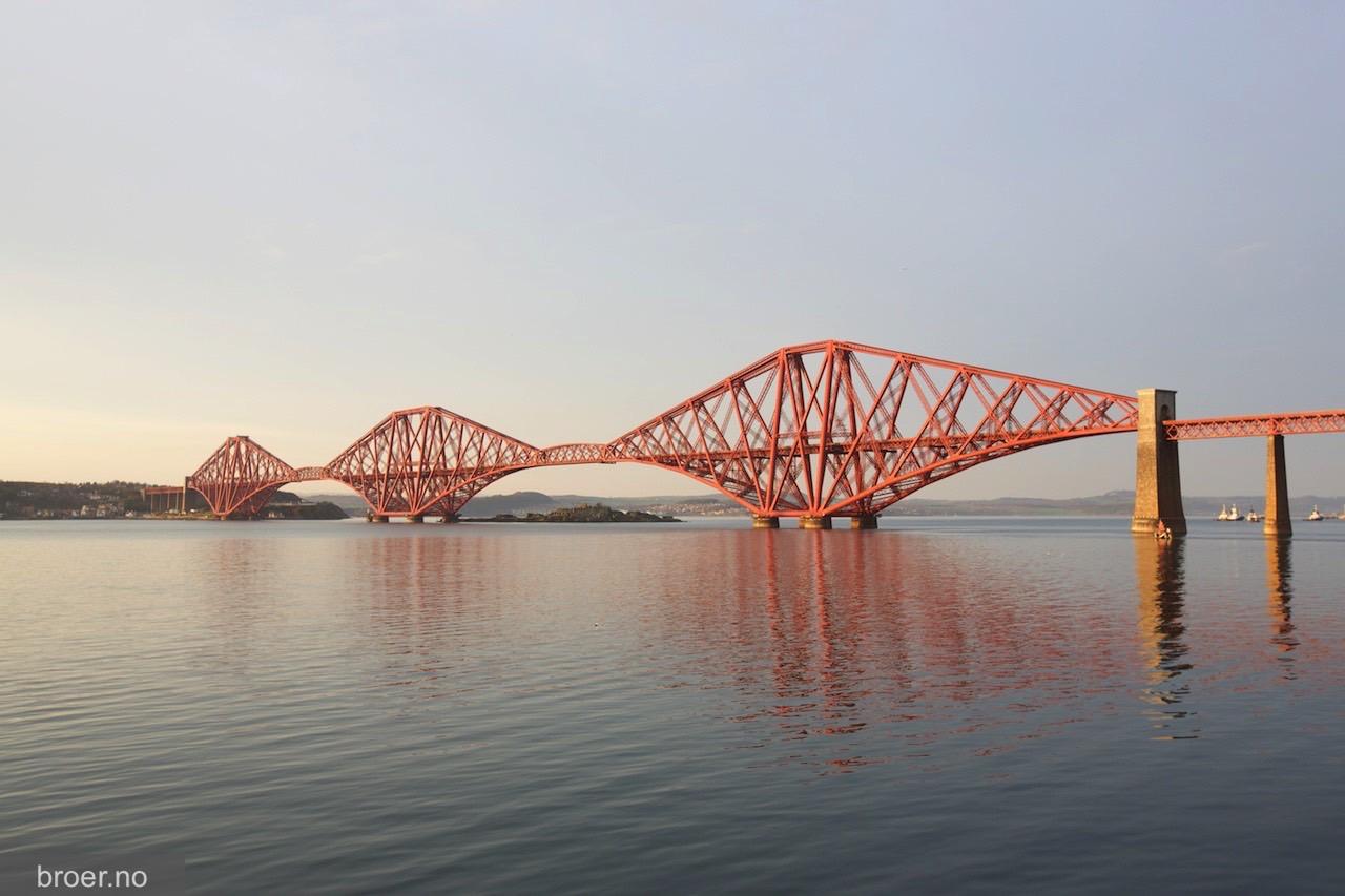 photo of Forth Bridge
